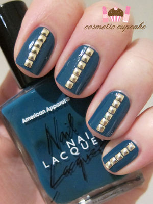 Cosmetic Cupcake: Teal and gold studded manicure (46798)