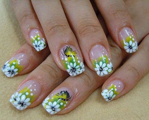 Cute Fake Nail Designs with Summer Floral Patterns (47988)