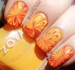 yellow red spring summer marbled nails - Favnails (48001)