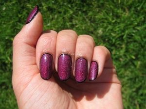 Black and Shimmery Fuchsia Framed Nails | Nailed It | Pinterest (49248)