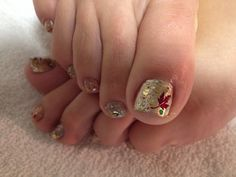 Blinged out Fall Leaf Pedi Nail Art | Wedding | Pinterest (57721)