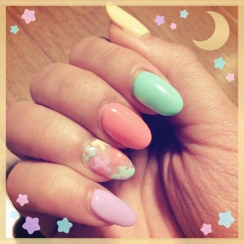 夏意識トロピカル #nail|JELLY 広瀬麻伊 オフィシャルブログ 「MAI HIROSE」 Powered by Ameba (72081)