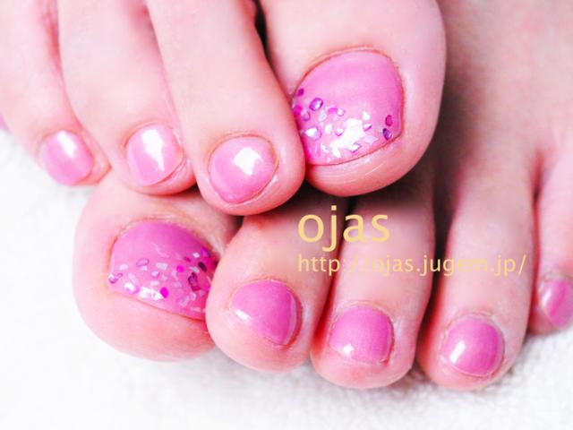 もうすぐ夏ッ!!ピンクのシェルでフットネイル〜♪ | 深爪・噛み爪、二枚爪の改善は京都ネイルサロンojas(オージャス)へ (103162)