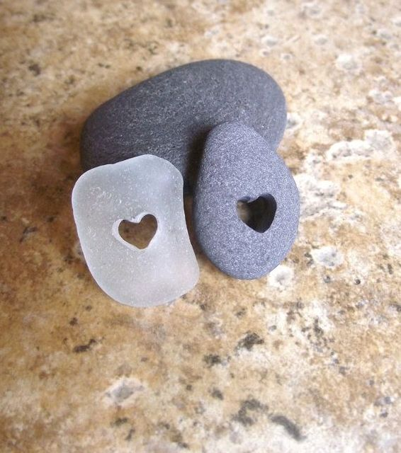 Two of Hearts - Genuine Sea Glass and Beach Stone Jewelry - THE ORIGI… (124047)