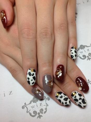 ダルメシアンネイル | ネイルデザイン | Nail Salon wiz (ネイルサロン ウィズ) ネイルサロン 新宿 [ビューコレ] (125919)