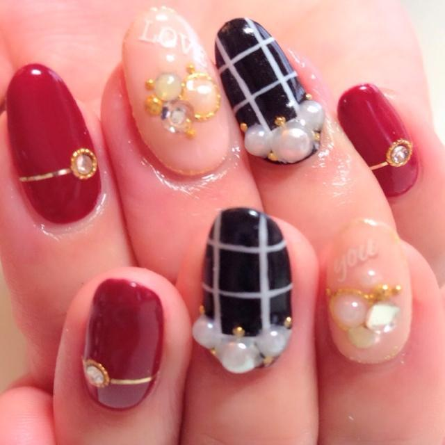 nail_kawaii : ベージュ×ボルドー×グラフチェックネイル♡素敵♡ http://t.co/hEdL7qN3fl | Twicsy - Twitter Picture Discovery (126422)