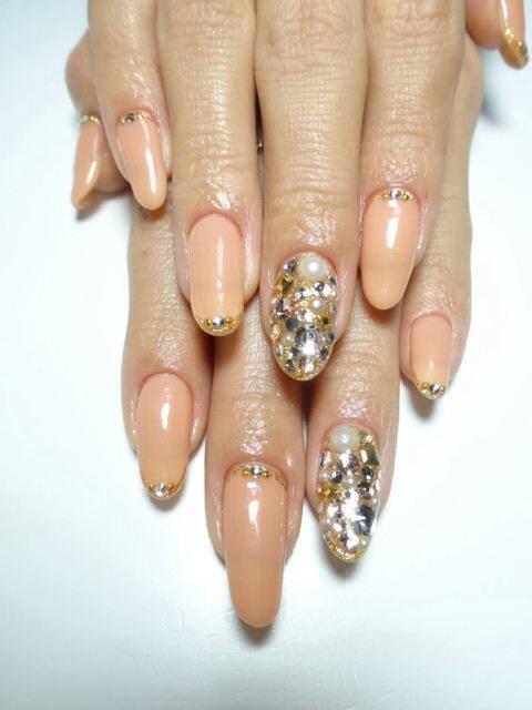 ヌーディーベージュ×ビジューネイル | 豊明市のネイルサロン「nail salon Froufrou(フルフル)」 (126623)