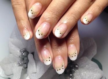 白フレンチ♡ラメホロネイル: 京都宇治のネイルサロン   〜Nail Salon PLUMS〜  (131738)
