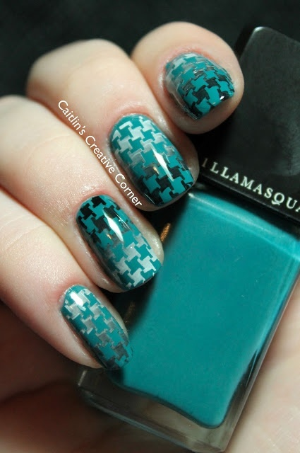 Gradient Stamped Houndstooth | Stamping Nail Art Ideas | Pinterest (176542)