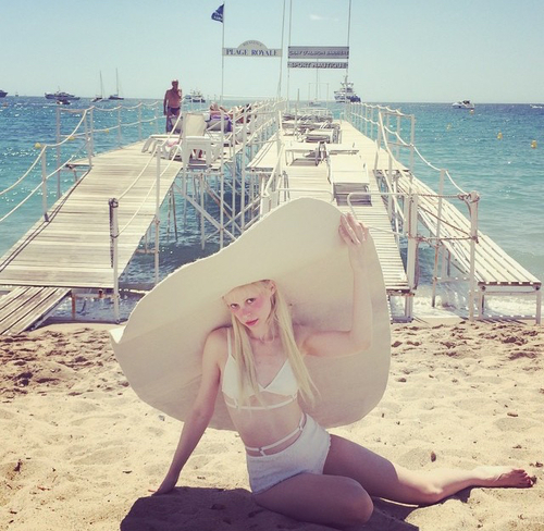 Petite meller  | We Heart It (209647)