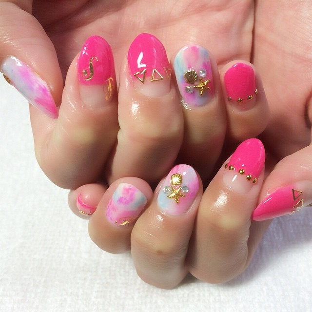 #イニシャルネイル • Instagram photos and videos (238985)