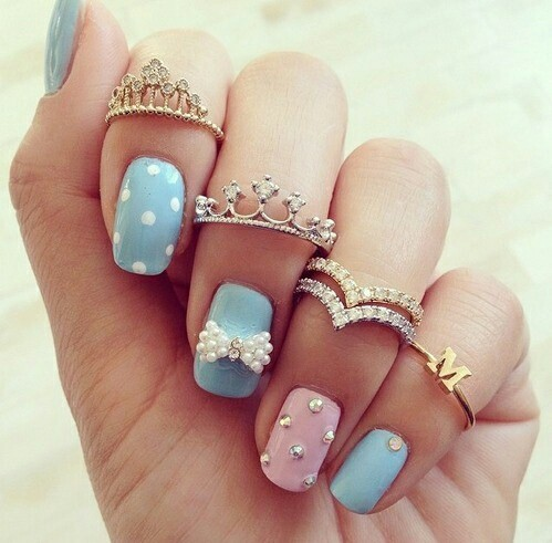 Adoreble pink  & blue nail art with Tiara rings  | We Heart It (284980)