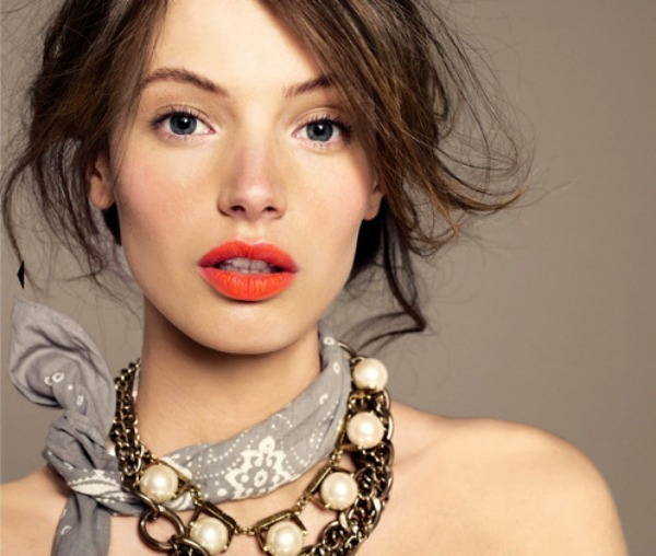 Orange Lips; The Perfect Pout for Spring Brides - Bridal Musings Wedding Blog (305022)