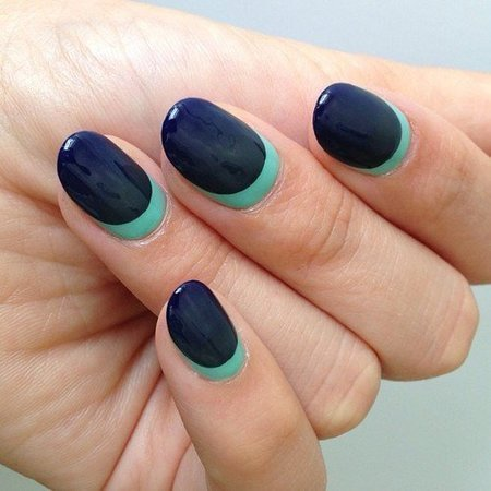 Gorgeous Navy Ombre Nails - Nails | Bellashoot (308929)