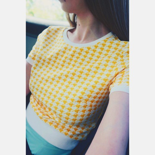 Margarita Bloom (@margaritabloom) • I'm finally wearing a spring pastel!!! Check out my gorgeous yellow hounds tooth crop top!! It'll be available on our shop soon too!!! #yellow #fashion #fashionobsessed #crpp #houndstooth #spring #pastel #MargaritaBloom by Margarita Bloom | We Heart It (320202)