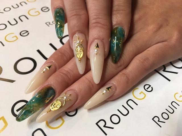 Nail & Eyelash Salon RounGe (383519)