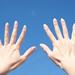 割れる・弱くなる…自爪の大敵!爪が乾燥する原因とは?