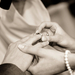 手もネイルも綺麗に見せたい♡手のパターン別で選ぶ一生ものの結婚指輪をレクチャー♪