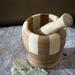 自分好みに作る、ネイルケアのためのハンドメイドのネイルオイルとクリーム