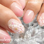 春と言えば、桜ネイルが気になる季節!さまざまな桜ネイルのアレンジデザイン