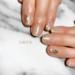 短い爪でも綺麗に魅せる♡ シンプルなラインがポイントの大人ショートネイル8選
