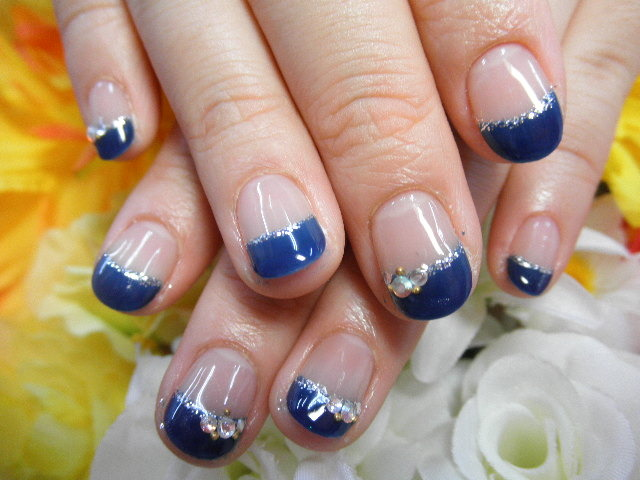 nailsalon-lovellys.com (57684)