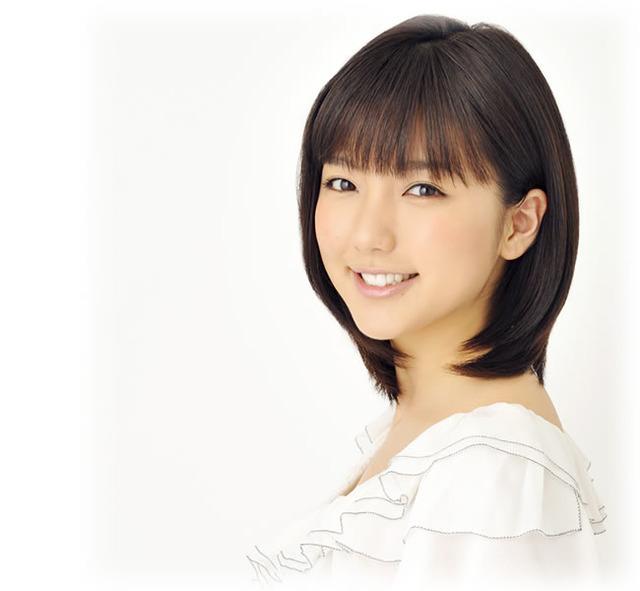 真野恵里菜オフィシャルWEBサイトトップページ  JUST PRO (67501)