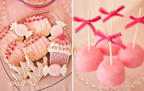 pink christmas candy💖🍭🍬🎄💖💕💗 | We Heart It (69638)