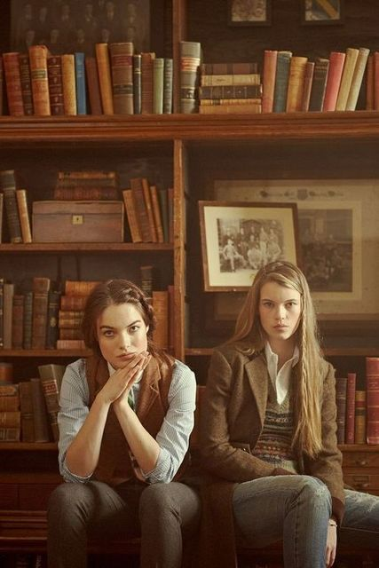 preppy booksters or booky preppsters? | We Heart It (70286)