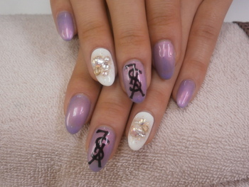 Total Beauty Salon   Byu(ビュー):YSLネイル (88735)