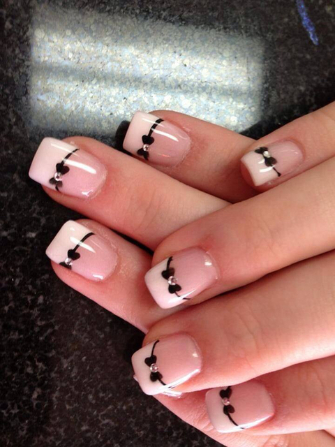 Wedding nail art | We Heart It (91237)