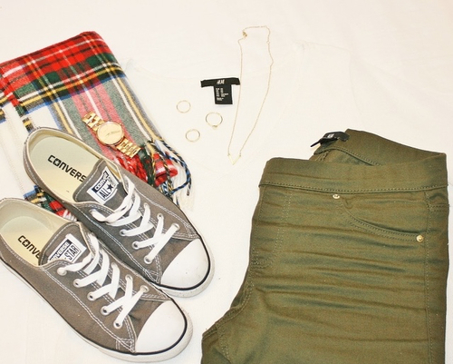 Khaki and checks  | We Heart It (92074)