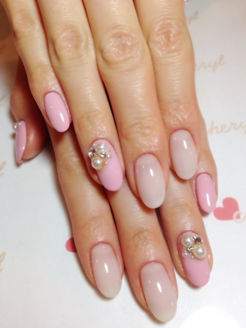 Cheryl pink nail|小林真由オフィシャルブログ「mayu's blog」powered by Ameba (95900)