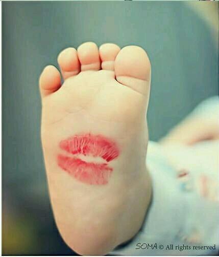 Little foot | We Heart It (103644)
