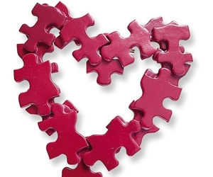 Red Puzzle Pieces Heart  (DIY) | We Heart It (106432)