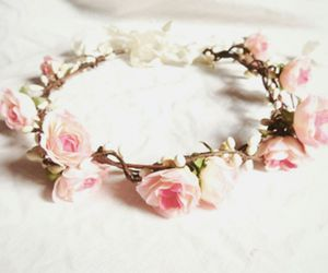 Flowers over my head  | We Heart It (109656)