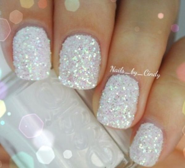 Glitter Nail Art For A Look That Will Get You Noticed (118099)