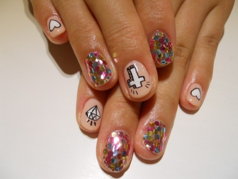 落書きPOPネイル | Little Happiness Nail Gallery (118719)