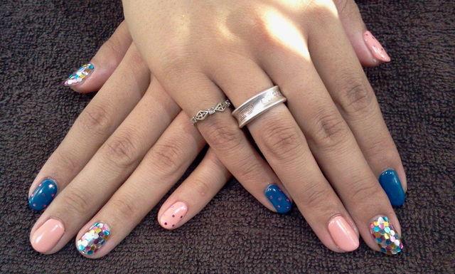 Nail Salon  FreeStyle:ネイビー×ピンクベージュ×ホログラムの色変え★ジェルネイル - livedoor Blog(ブログ) (125392)