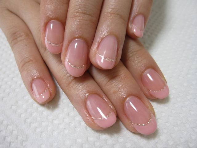 北浦和ネイルサロン wicket nail | ピンクのラメライン入りフレンチネイル (125423)