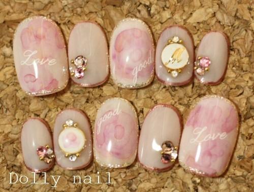 たらしこみ薔薇×イニシャルブローチネイル|愛されネイルチップのDOLLY NAIL (126460)
