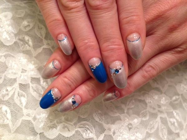 大人ネイルデザイン マニッシュネイル 逆フレンチネイル☆ブルー&シルバーの輝き Gallery ギャラリー