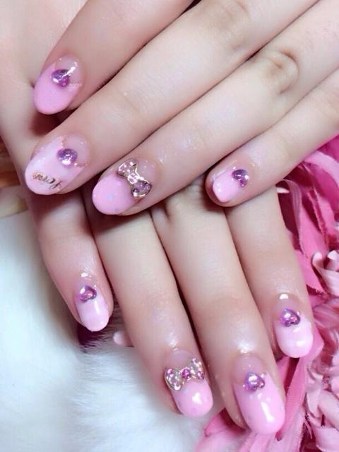 姫系ピンクなハートストーンジェルネイル♪|池袋ネイルサロン☆姫系、キャラネイルなら☆Melodynail♪ (133009)