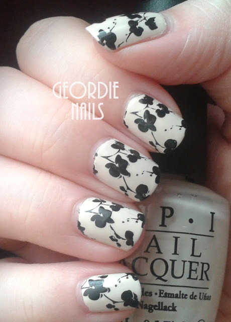 Geordie Nails: MoYou Pro 07 ~ French Floral Manicure (150495)