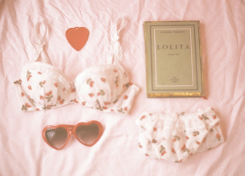 Lolita | We Heart It (153976)