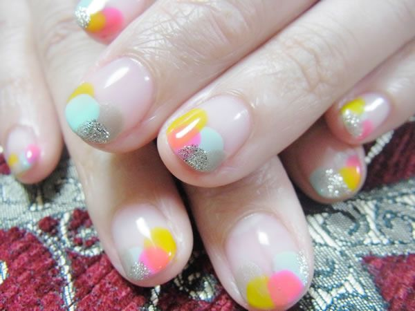 Cute, simple idea and is easy to change up the colors or add extra accents. | nail | Pinterest (155819)