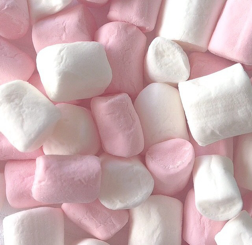 clouds but in sweets☁️🍬☁️🍬 | We Heart It (157352)