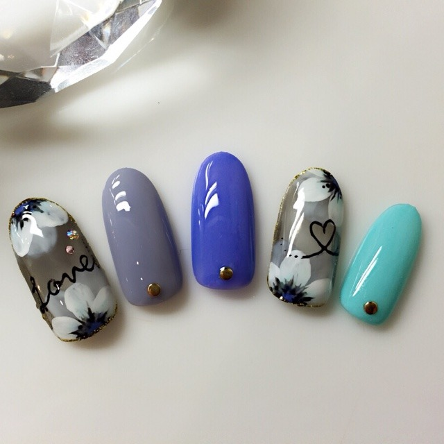 http://nailbook.jp/design/detail/944765 (188105)