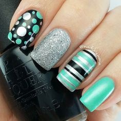 15 Super Cute Dots and Stripes Nail Designs (195643)