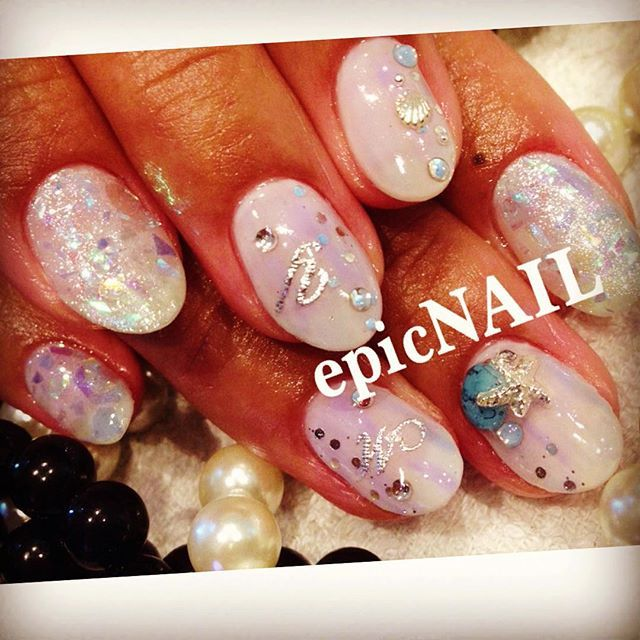 #イニシャルネイル • Instagram photos and videos (238969)